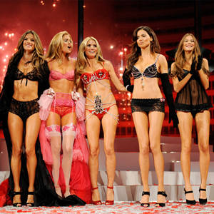 DEMO51.COM-维多利亚的秘密2009时装秀 The Victoria's Secret Fashion Show,Victoria's Secret